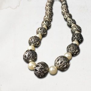 Silver Metal Beads Necklace